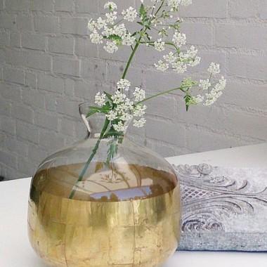 vaas met fluitekruid - Lynda Hovens